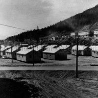 Ten-man bunkhouses